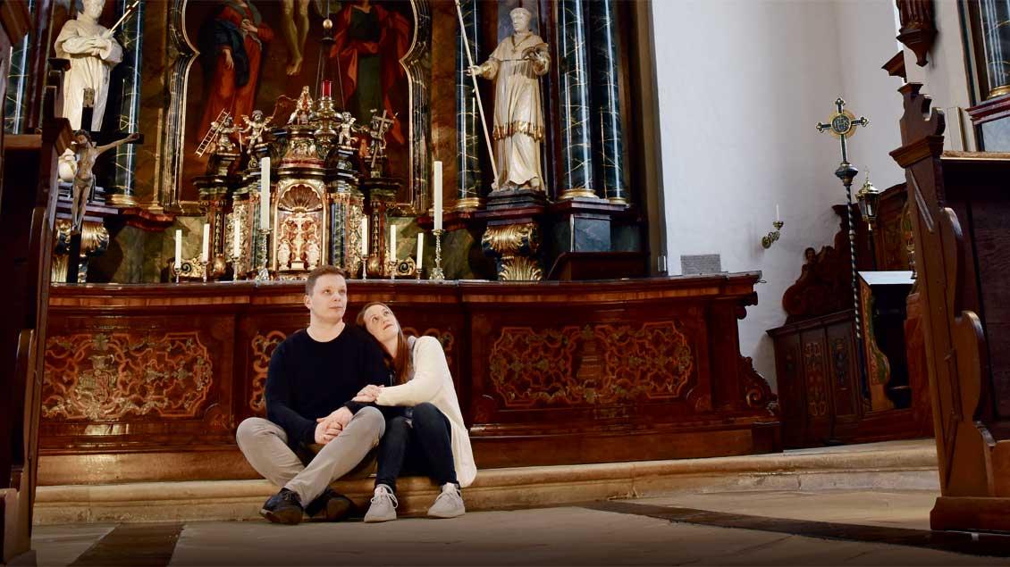 Liesa und Christian Verwohlt bei den Hochzeitsvorbereitungen in Zwillbrock.