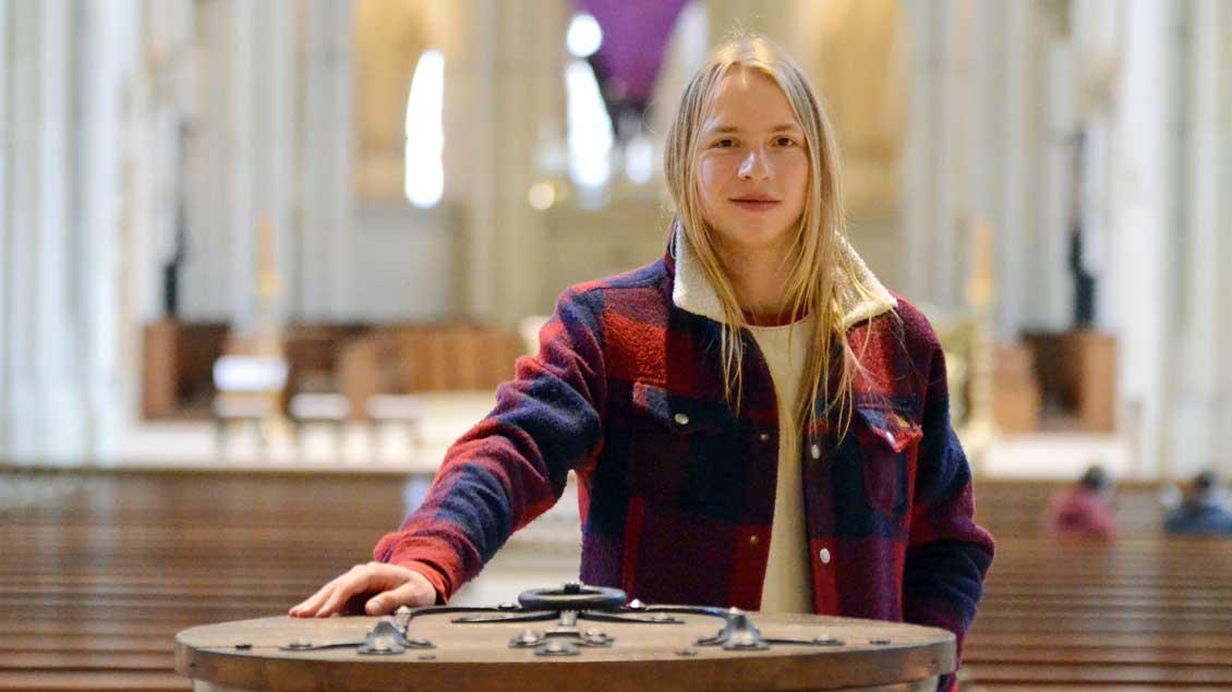 Coraghessan Maria Steinbach (20) im münsterschen Dom.