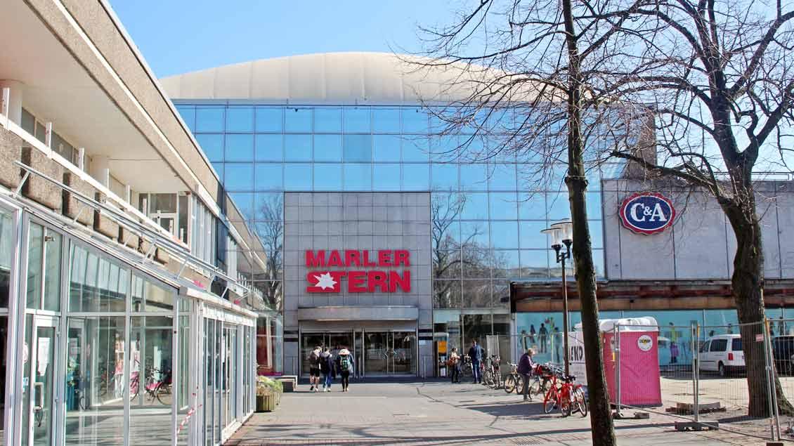 Blick von außen auf das Einkaufszentrum Marler Stern. Foto: Johannes Bernard