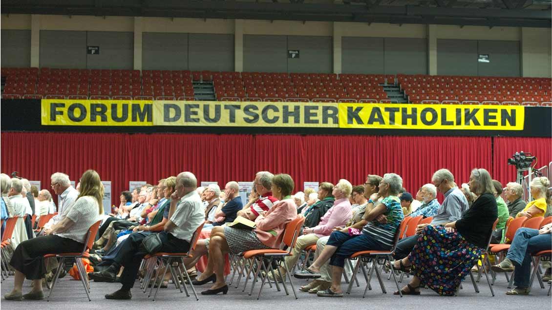 Tagung des Forums Deutscher Katholiken Foto: Bert Bostelmann (KNA)