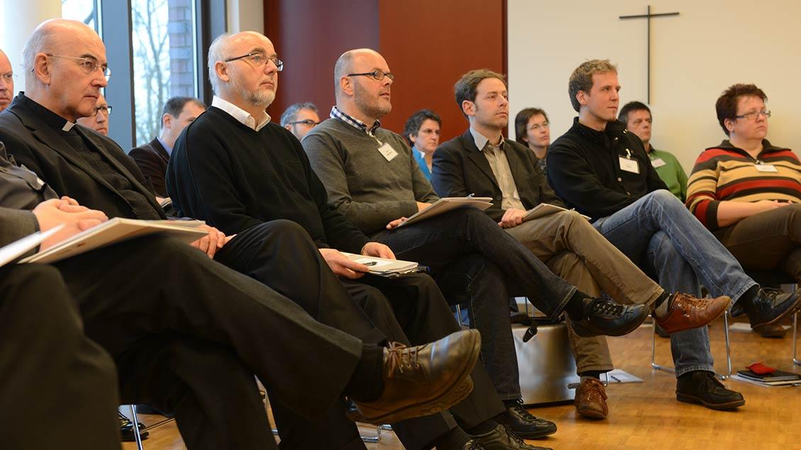 Die damaligen Bistumsleitung 2013 bei einer Präventionsschulung Archivfoto: Michael Bönte