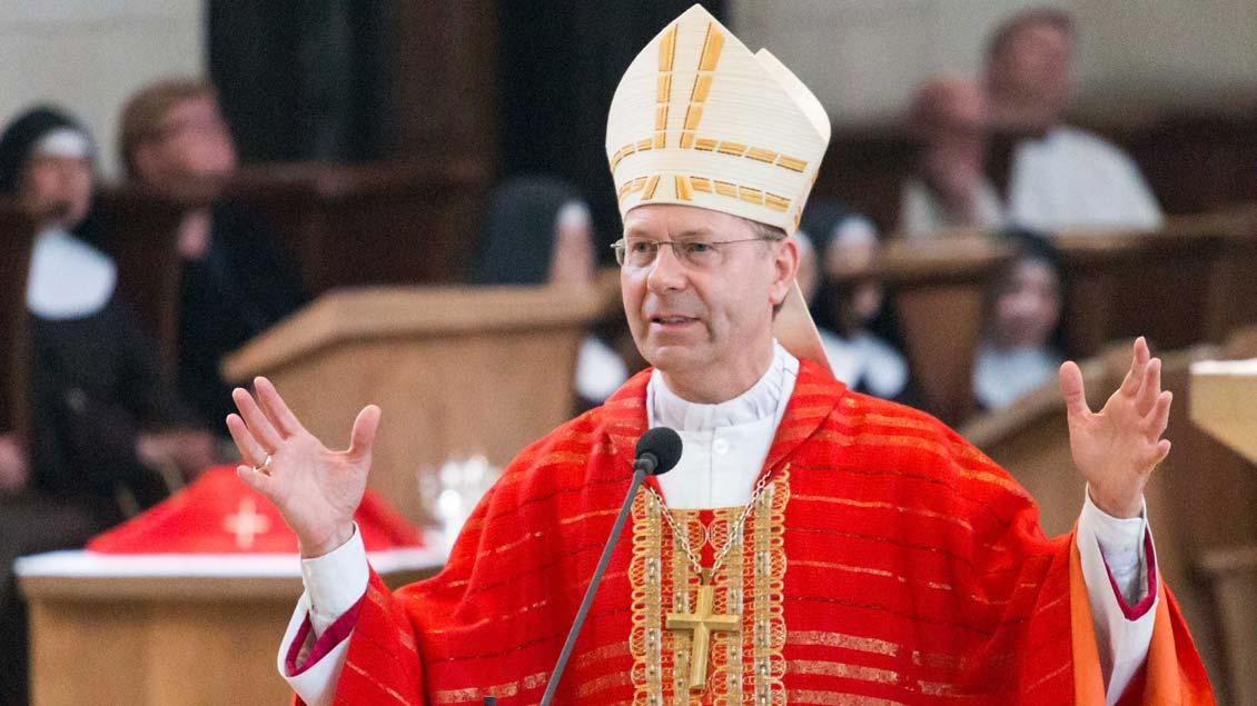 Weihbischof Stefan Zekorn.