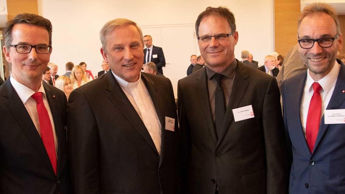 Gerhard Tepe, Weihbischof Wilfried Theising, Oliver Müller und Martin Pohlmann
