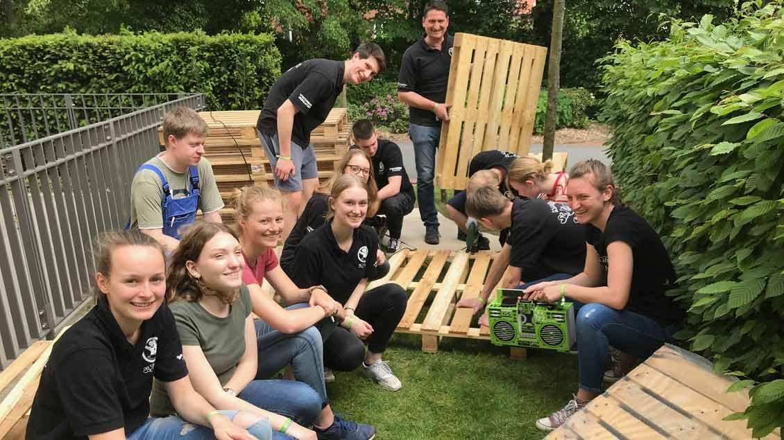 72-Stunden-Aktion: Paletten-Möbel in Coesfeld