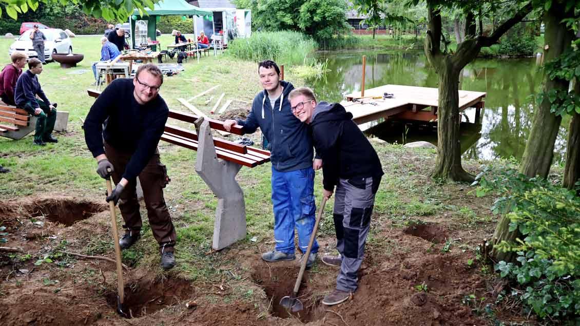 72-Stunden-Aktion: Steg am Dorfteich Hagstedt
