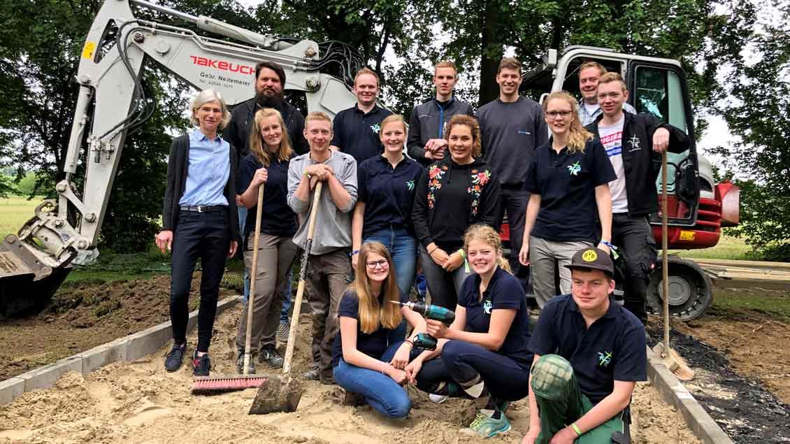 72-Stunden-Aktion: Holzhütte fürs Kinderheim in Beckum