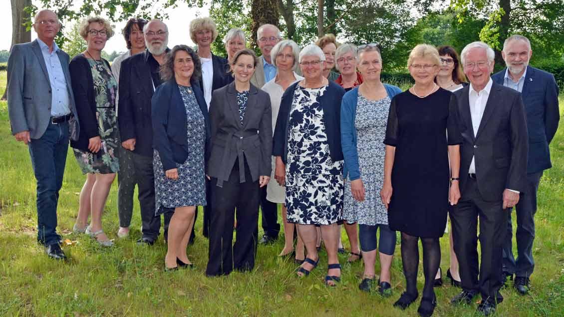 Die Absolventinnen und Absolventen der Ausbildung Foto: Anke Lucht (pbm)