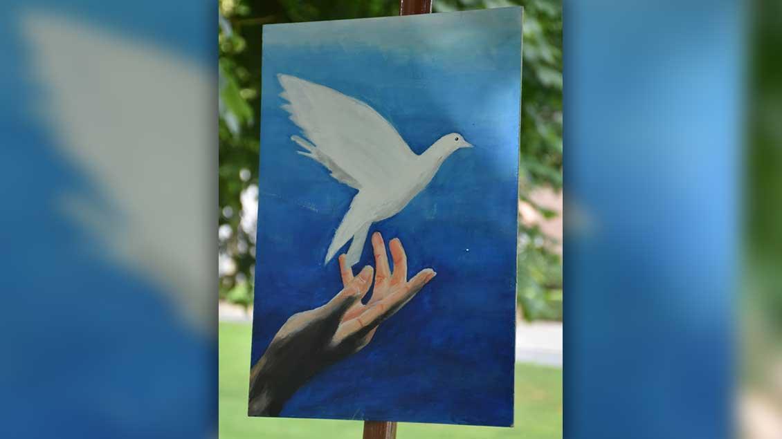 ... Kinder und Erwachsene aus der Pfarrei gestalteten die Bilder ... | Foto: Martin Ahls