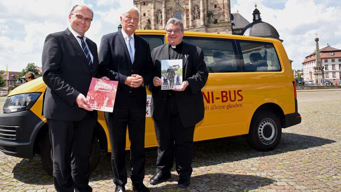 Geschäftsführer Martin Guntermann, Präsident Heinz Paus und Generalsekretär Georg Austen.