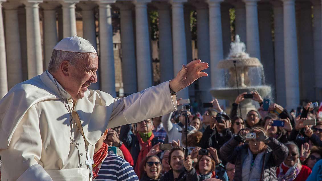 Papst Franziskus bei der Generalaudienz im Vatikan