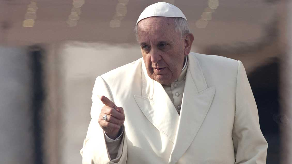 Papst Franziskus zornig