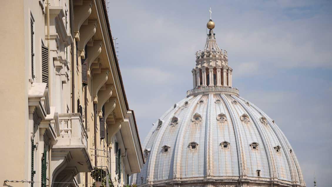 Zentralkomitee und Bischofskonferenz bewerten den Brief aus Rom positiv.