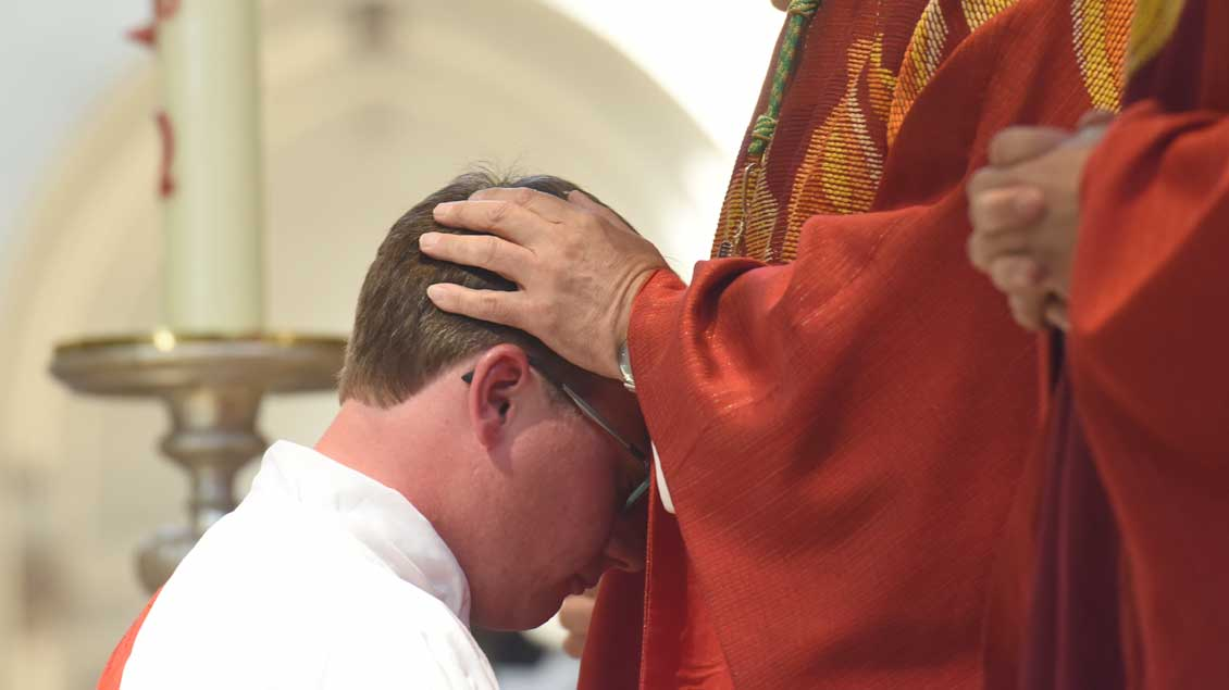 Priesterweihe Archiv-Foto: Michael Bönte