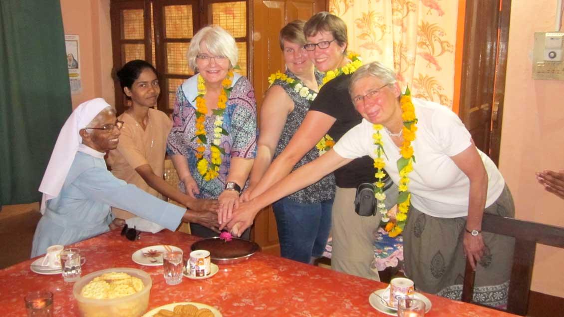 Indische und deutsche Frauen in Jabalpur