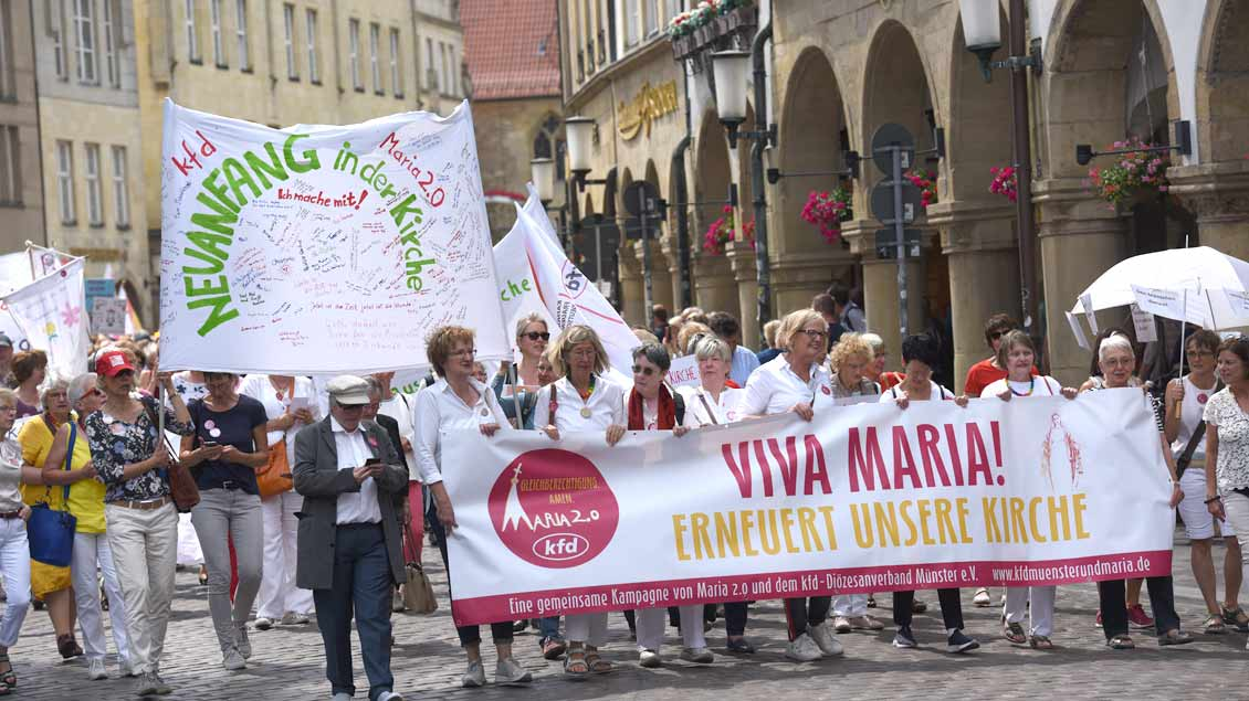 "Demonstration ""Viva Maria"" von ""Maria 2.0"" und KFD in Münster Foto: Michael Bönte"