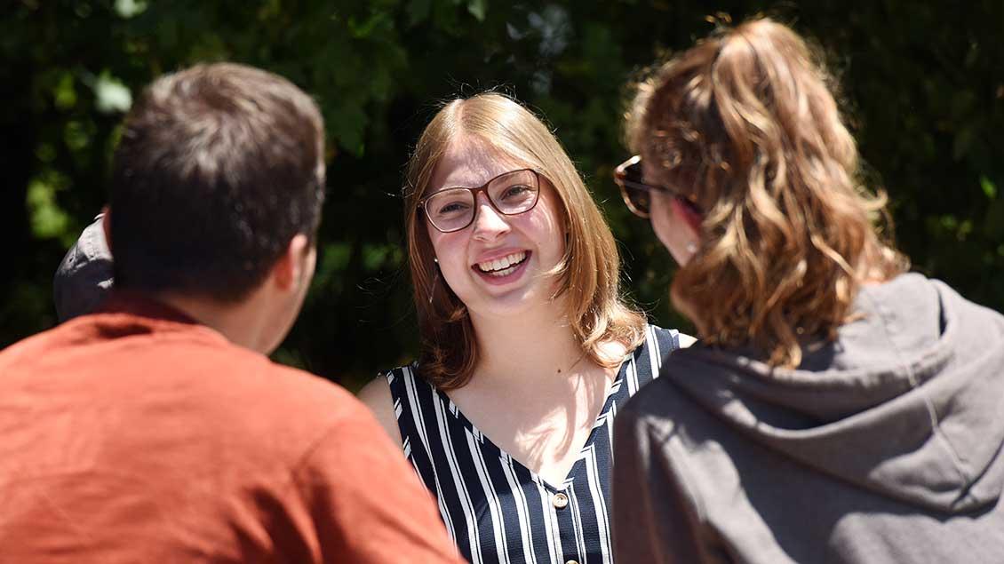 Lea Krallmann, hier mit anderen Freiwilligendienstlern