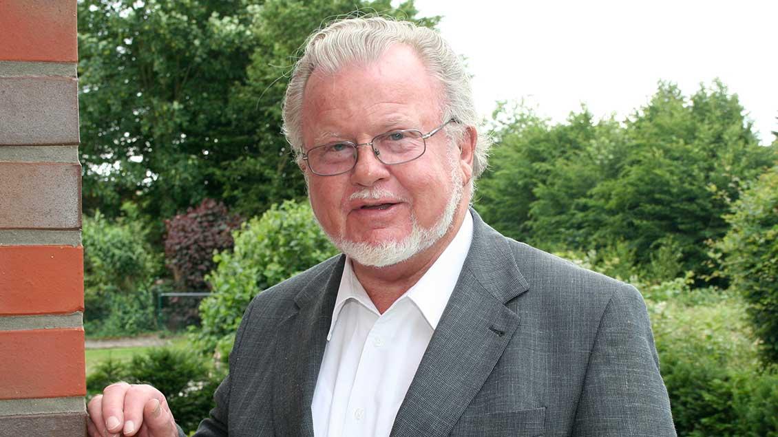 Pfarrer Josef Honkomp ist am 24. Juli im Alter von 76 Jahren gestorben. Foto: Michael Rottmann