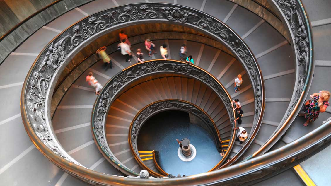 Treppe in den vatikanischen Museen in Rom Foto: The World in HDR (Shutterstock)
