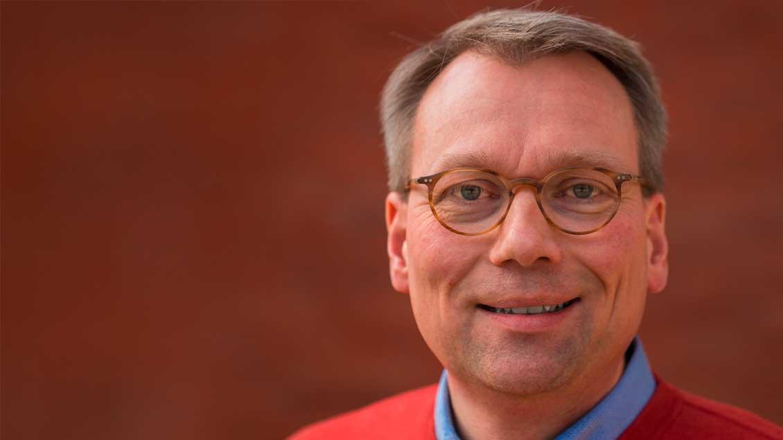 Porträtfoto von Stefan Jürgens.
