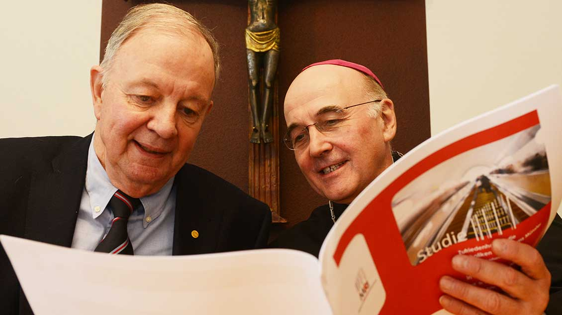 Heribert Meffert und Bischof Felix Genn