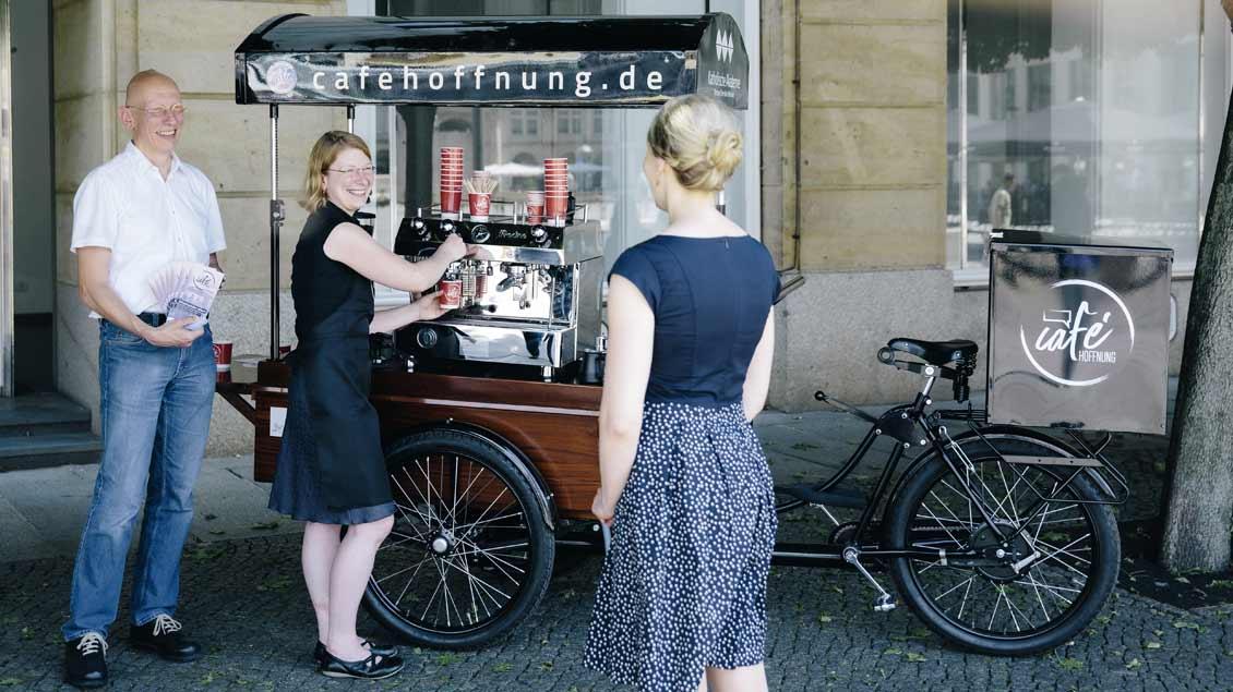 """Das Café-Lastenfahrrad des ausgezeichneten Projekts """"Café Hoffnung"""""""
