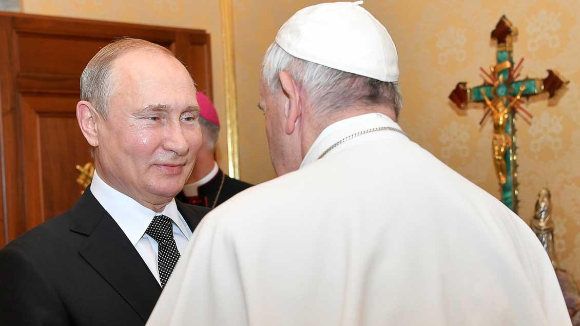 Wladimir Putin und Papst Franziskus