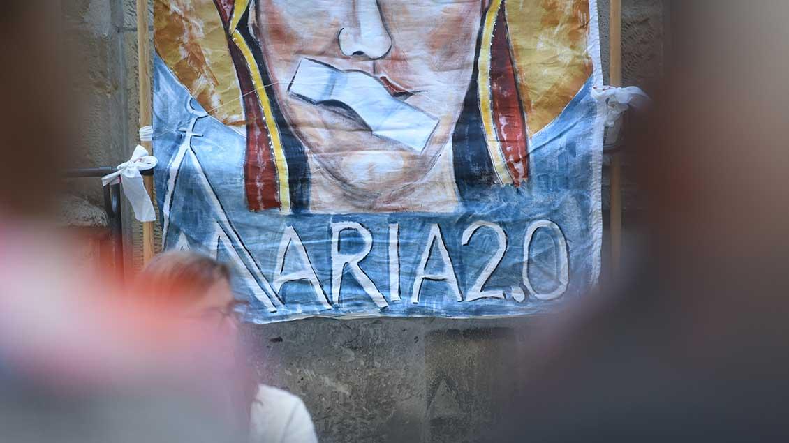 Plakat von Maria 2.0