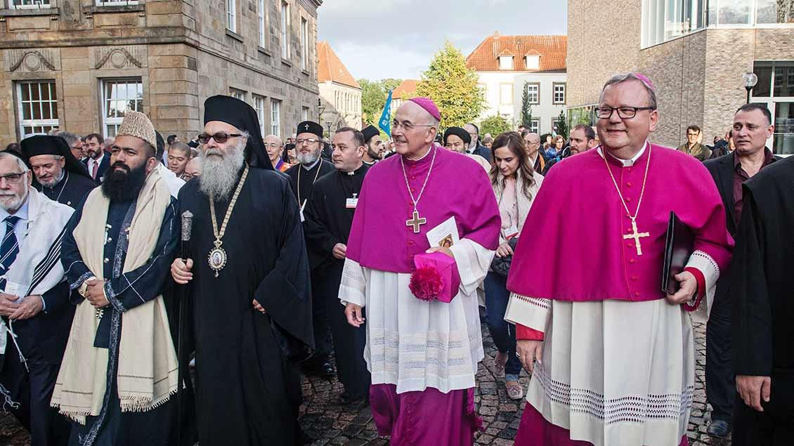Friedenstreffen der Religionen Foto: Christof Haverkamp