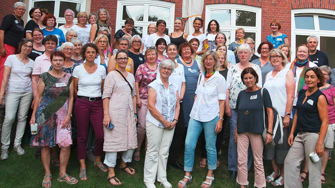 """50 Frauen beim  Treffen von """"Maria 2.0"""" in Münster"""