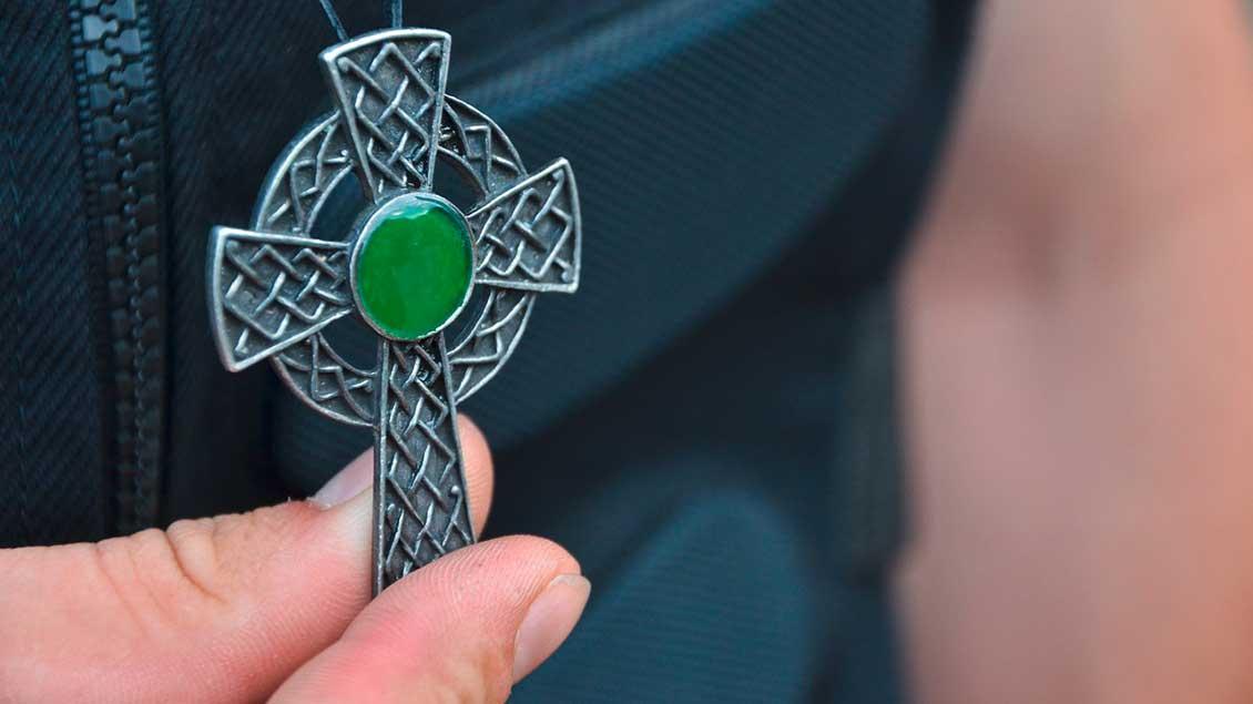 Kreuz am Kettchen