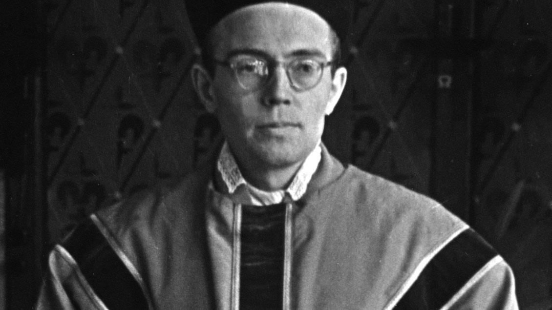 Karl Leisner im Messgewand zur Priesterweihe