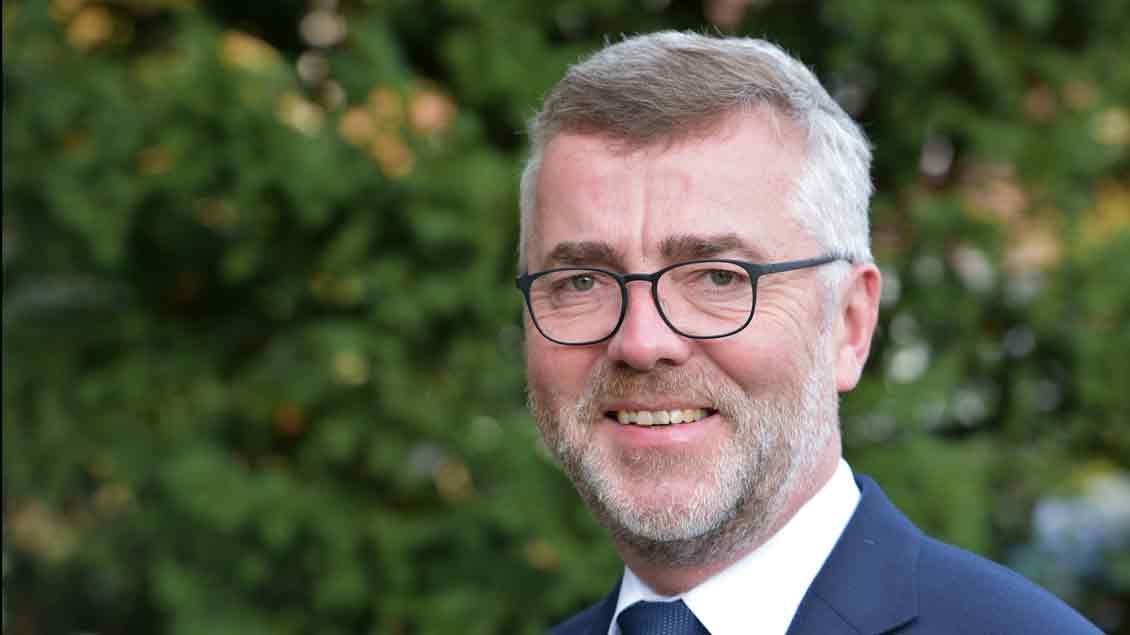 Pfarrer Bernd Strickmann aus Cloppenburg hat den Vorsitz im Finanzgremium der Gemeinde abgegeben.