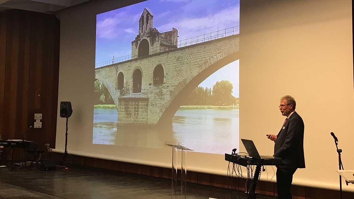 """Martin Burzlaff, Leiter von """"Emmaus-Reisen"""", stellte eine Flusskreuzfahrt 2020 auf der Saône und Rhône vor."""