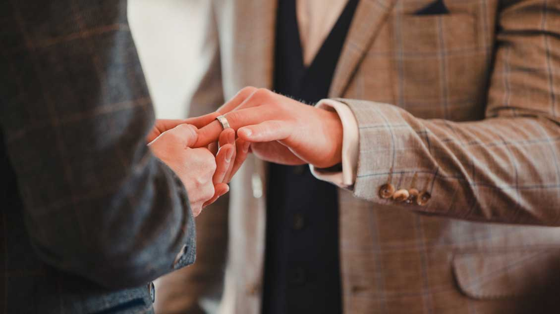 zwei Männer heiraten