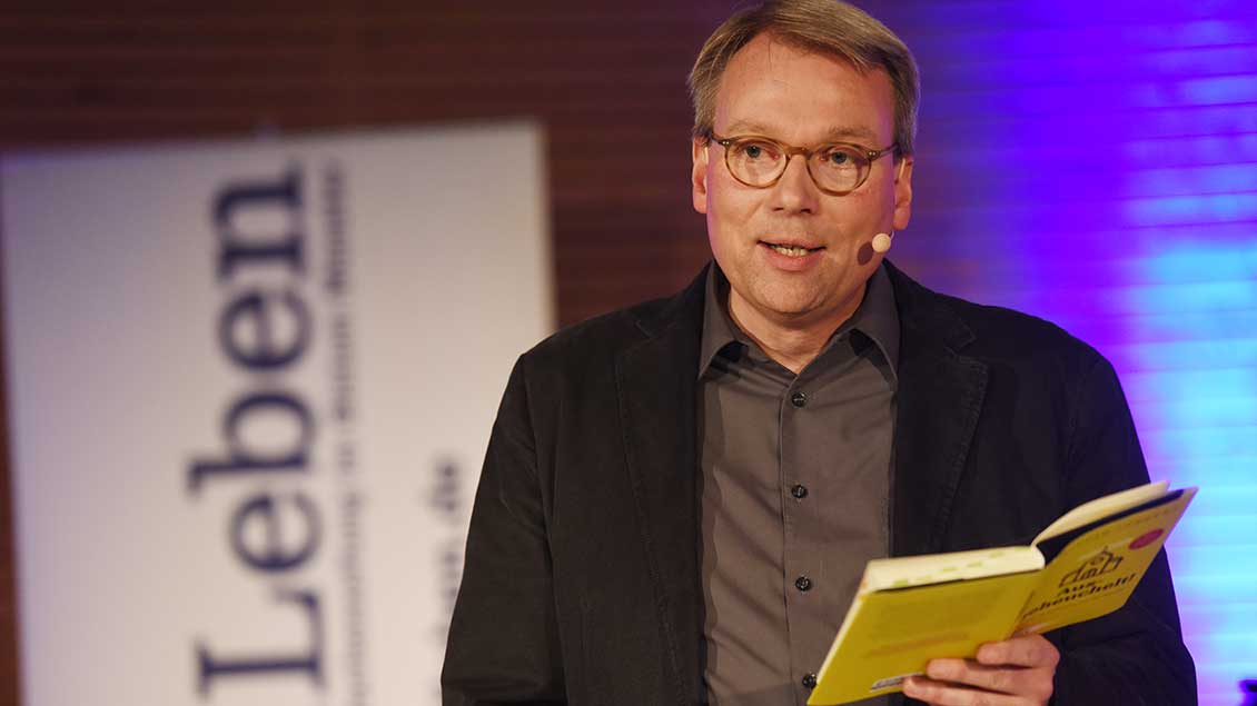 Stefan Jürgens bei einer Lesung