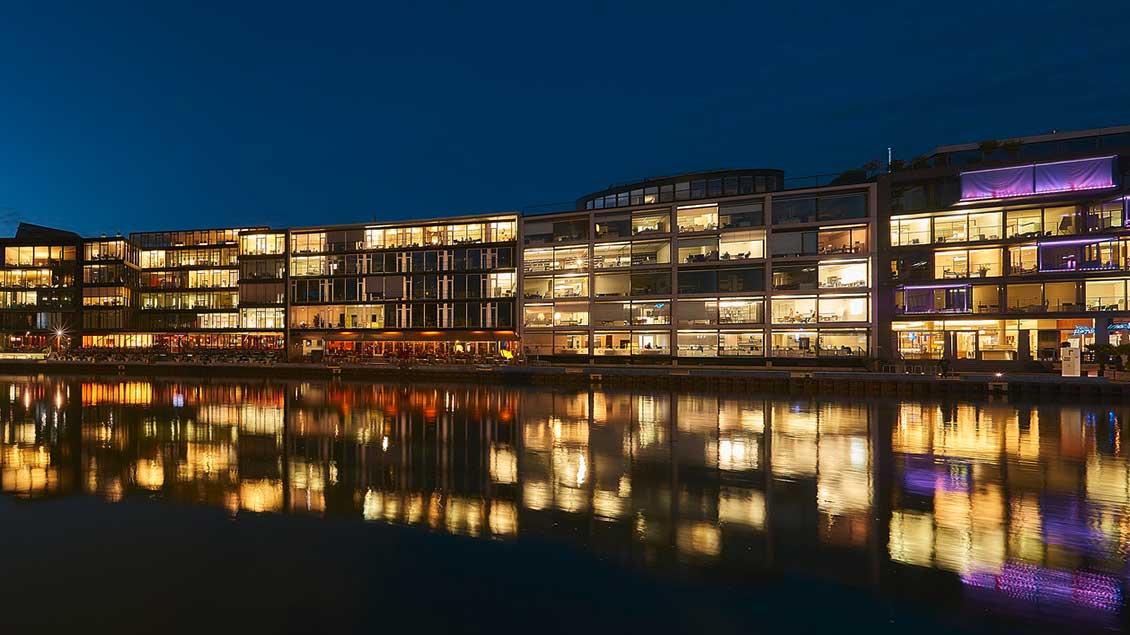 Kreativ-Kai in Münsters Hafen bei Nacht