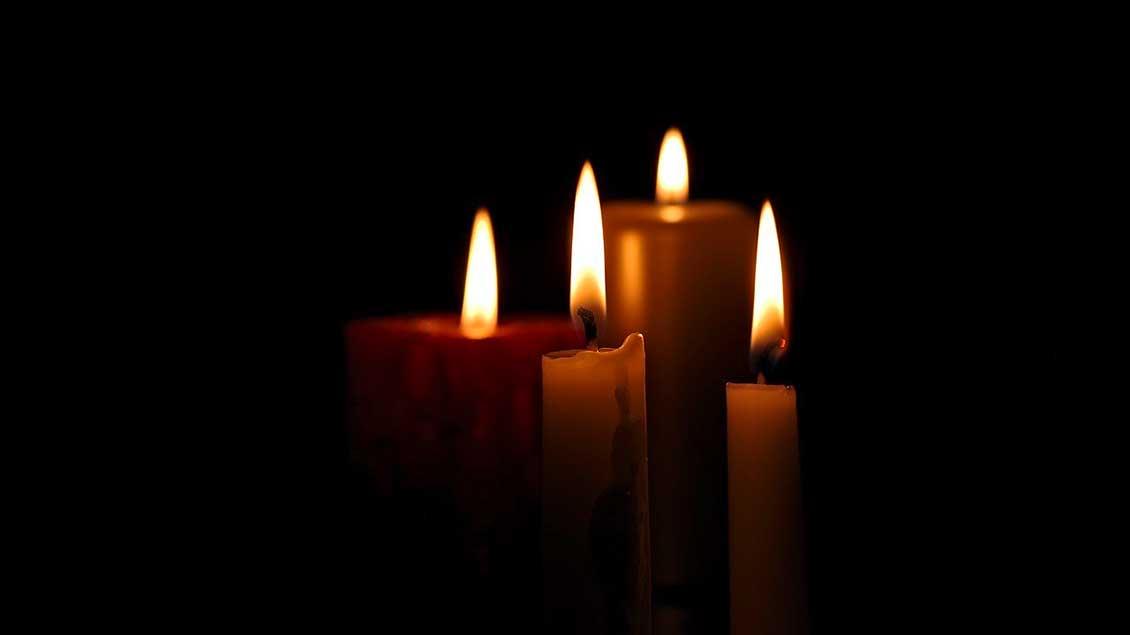 Mit besonders gestalteten Kerzen spricht eine Benediktinerin aus Dinklage Menschen an.