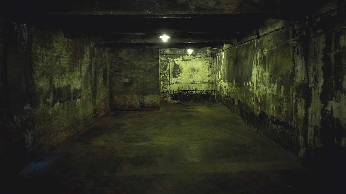 Blick in eine Gaskammer im KZ Auschwitz I