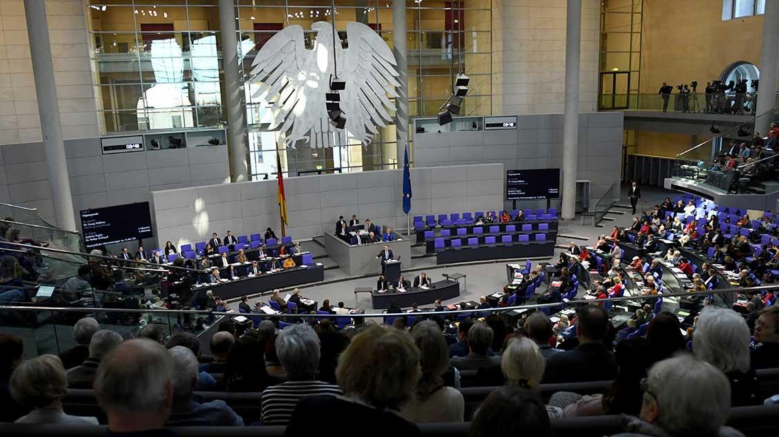 Blick in den Plenarsaal des Bundestags Foto: Annegret Hilse (Reuters)