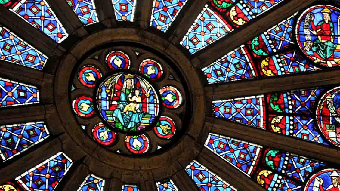 Die Rosette der Kathedrale Notre Dame in Paris