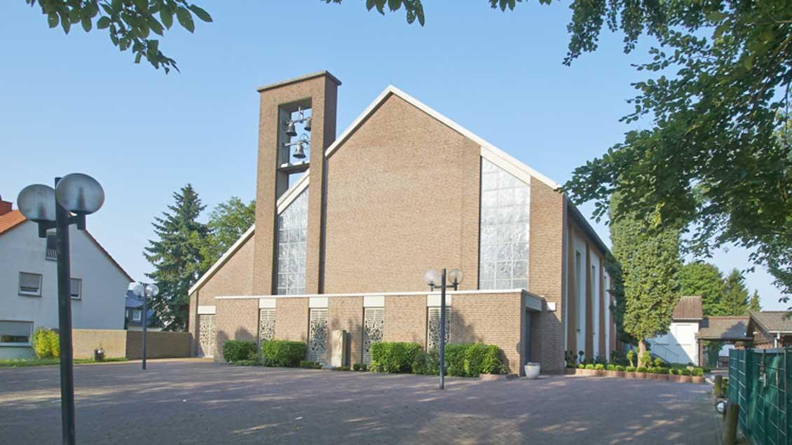 Die St.-Gottfried-Kirche von außen