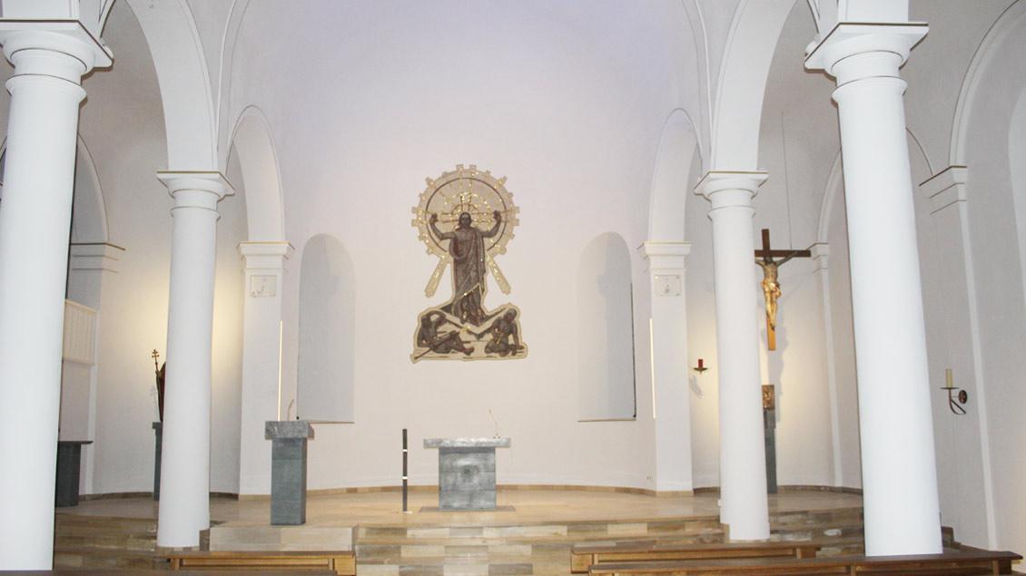 Neuer Altar