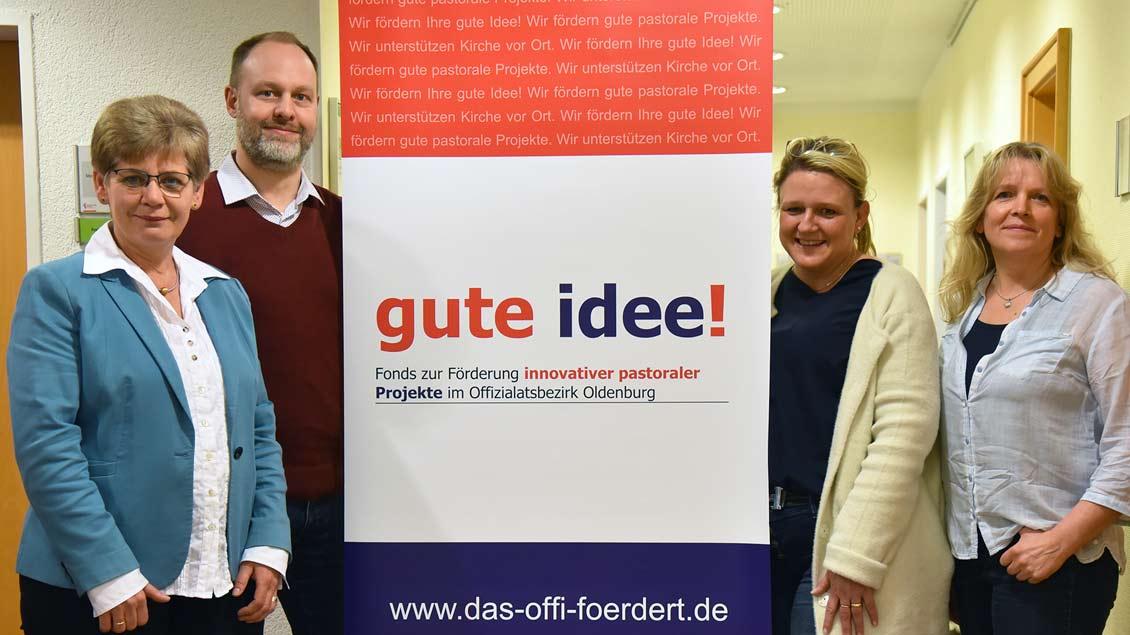 v.l. Gertrud Rolfes (Delmenhorst), Stefan Honsel (BMO), Friederike Asbree (BMO) und Sabine Determann (Jever). Foto: Ludger Heuer (bmo)