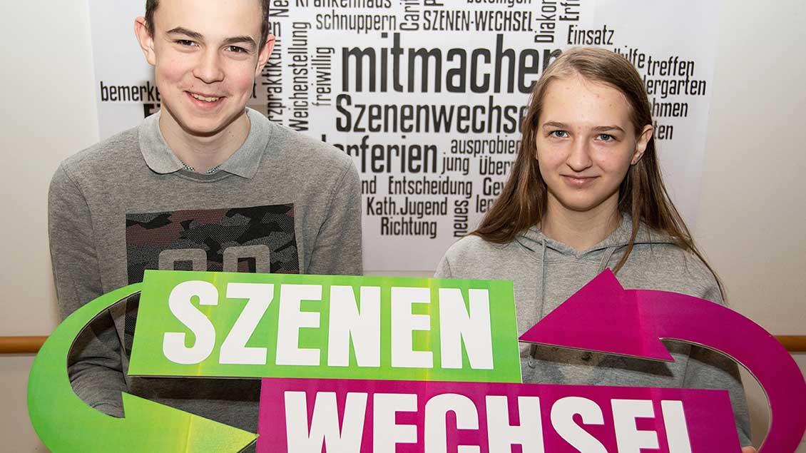 """Sie werben für """"Szenenwechsel"""": Gideon Zitterich aus Oldenburg und Michelle Müller aus Cappeln. Foto: Dietmar Kattinger (lcv)"""