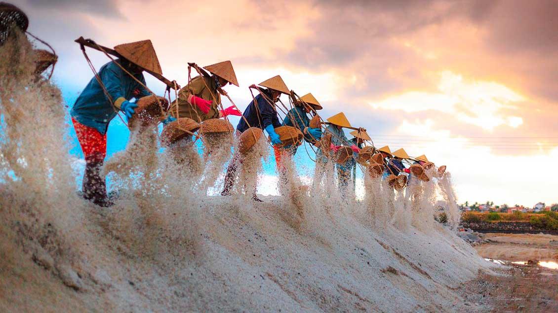 Salzgewinnung in Vietnam.