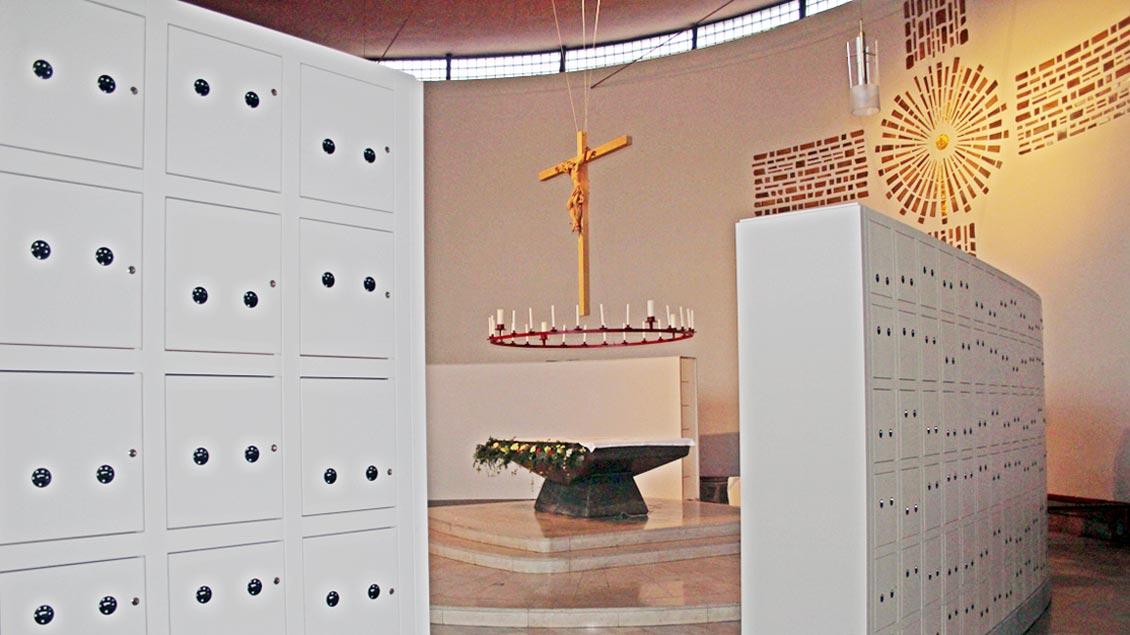 Wandkammern für die Urnen