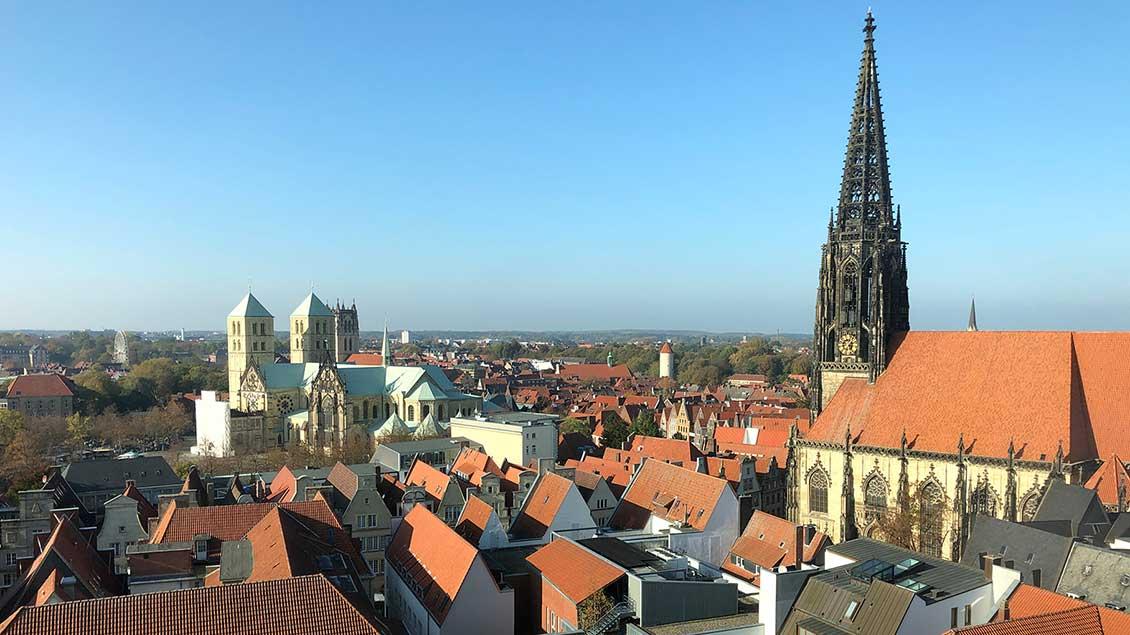 Blick auf Dom und Lambertikirche in Münster