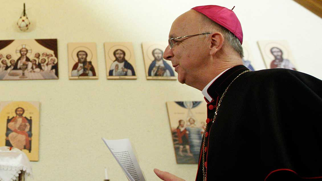 Weihbischof Marian Eleganti Foto: Christian Hartmann (Reuters)