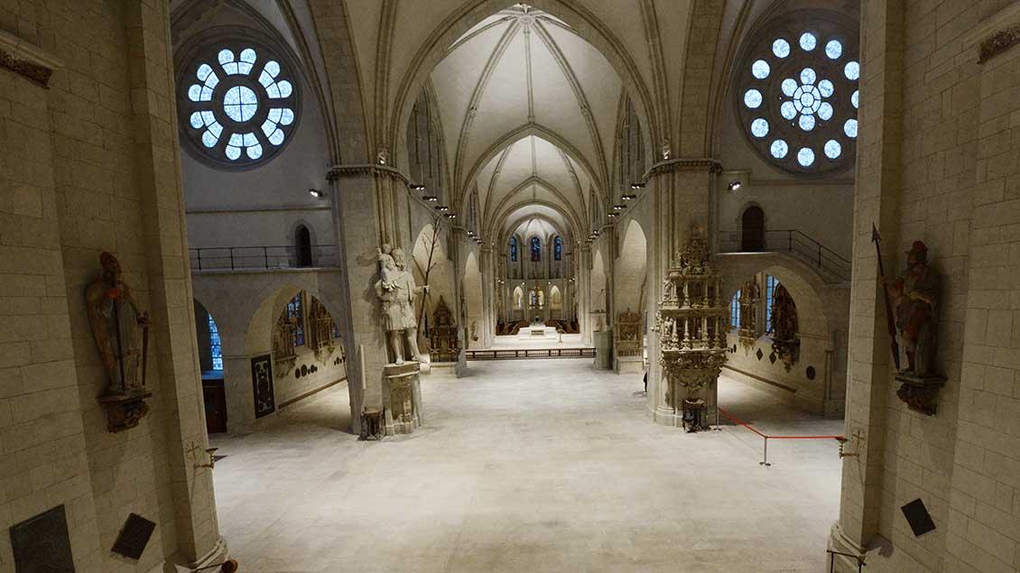 Leerer Paulusdom in Münster