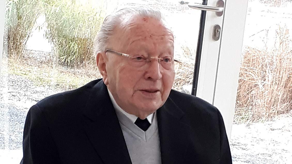 Pfarrer Heinz-Josef Bathe ist im Alter von 86 Jahren gestorben.